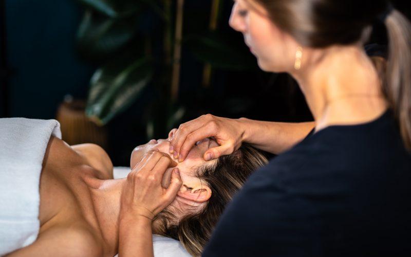 Masaż KOBIDO niechirurgiczny lifting twarzy